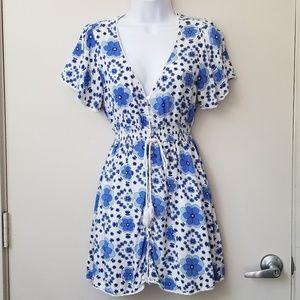 🌌4/$15 F21 Floral Flounce Sleeve Dress